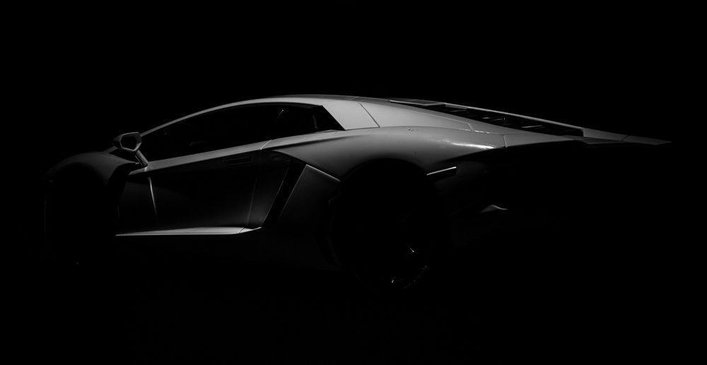 masina alb negru
