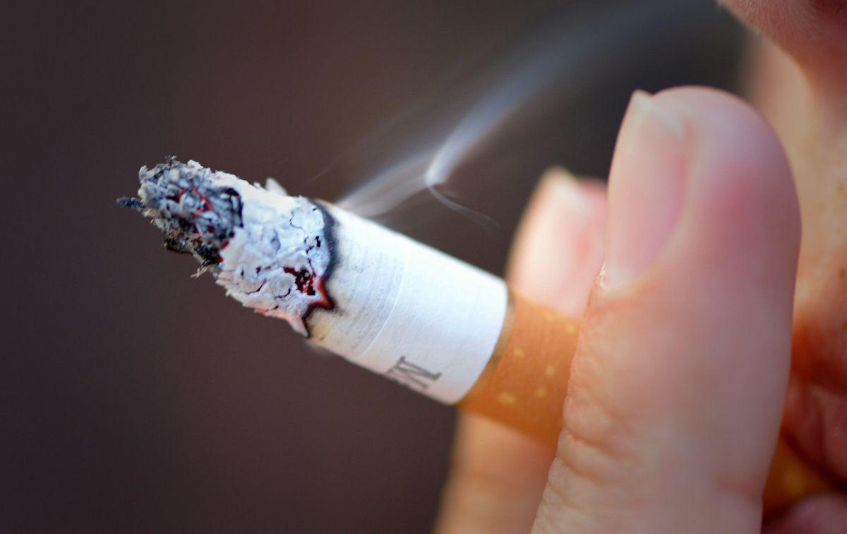 Cum e cu fumatul în spațiile publice? Mai bine după 1 an de zile?