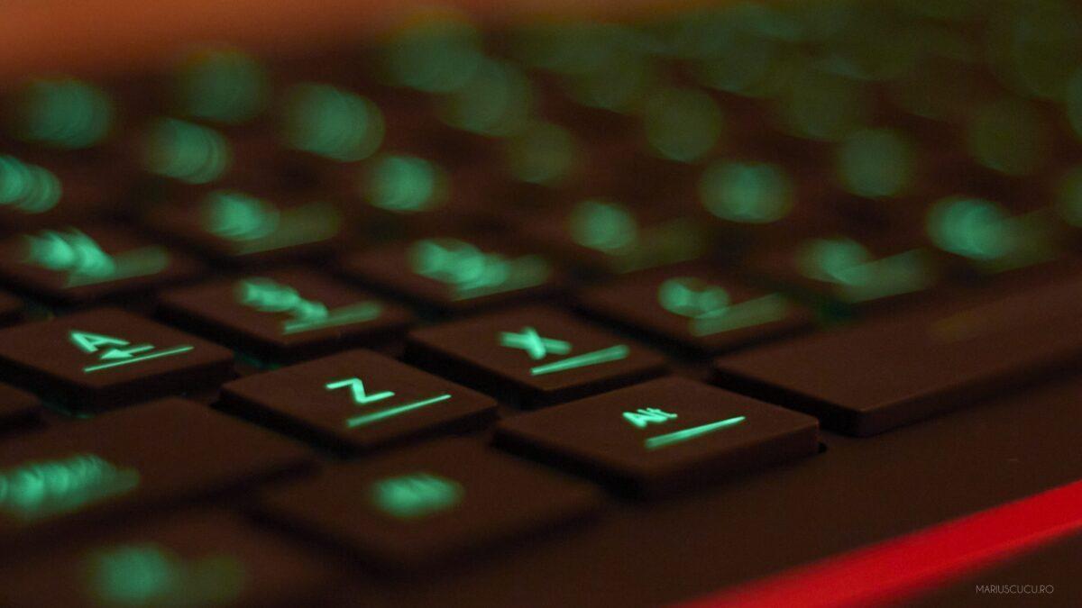 z tastatura mecanica light