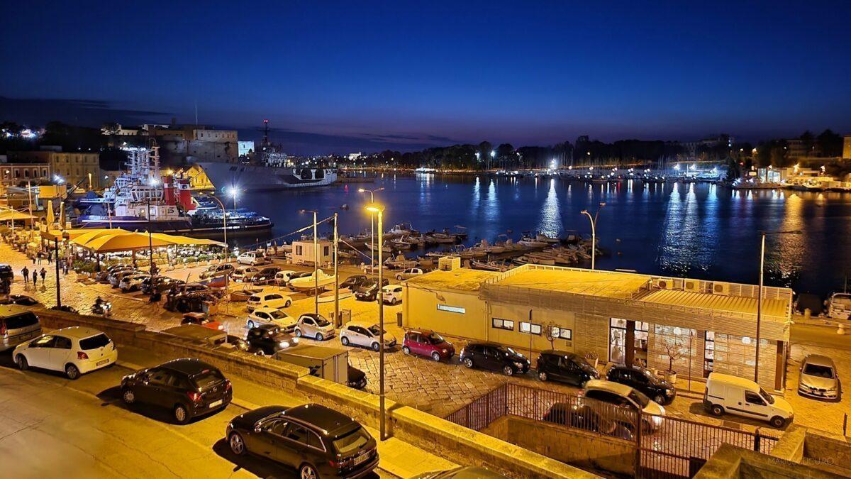 brindusi port noapte