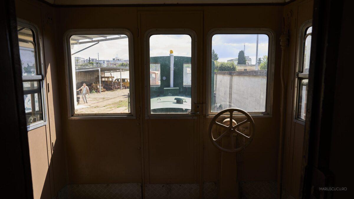 interior tren lecce vechi
